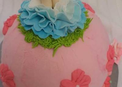 Alice in Wonderland Ice Cream Cake